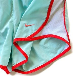 Nike Bottoms - M 12 Nike Girls Training Shorts Lined green coral
